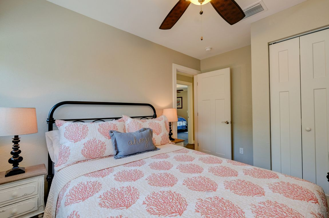 Full Size Bed for Guests in 2nd Bedroom