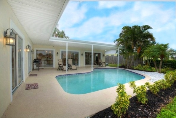 Pool/Patio Walk-Out from 2 Bedrooms.