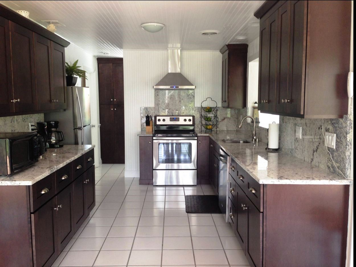 Newly Remodeled and Spacious Kitchen