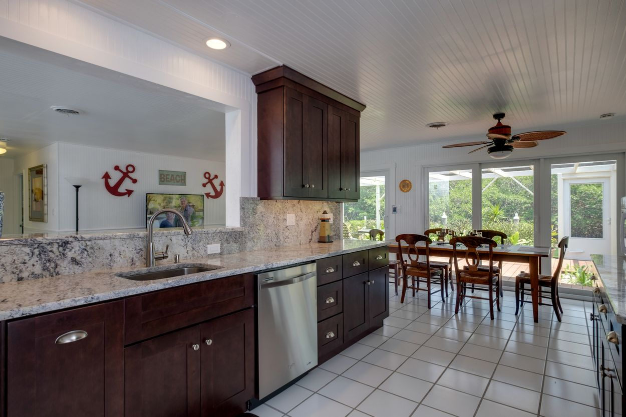 Kitchen with All the Amenites of Home