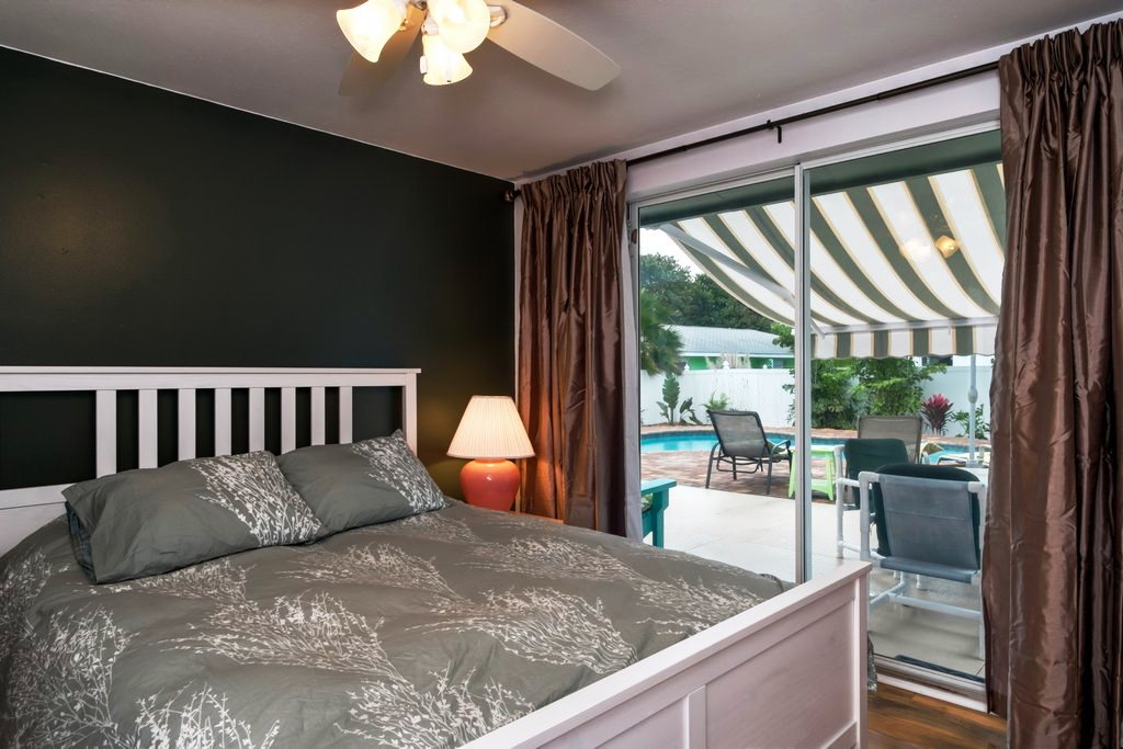 Queen Bedroom with Pool Access