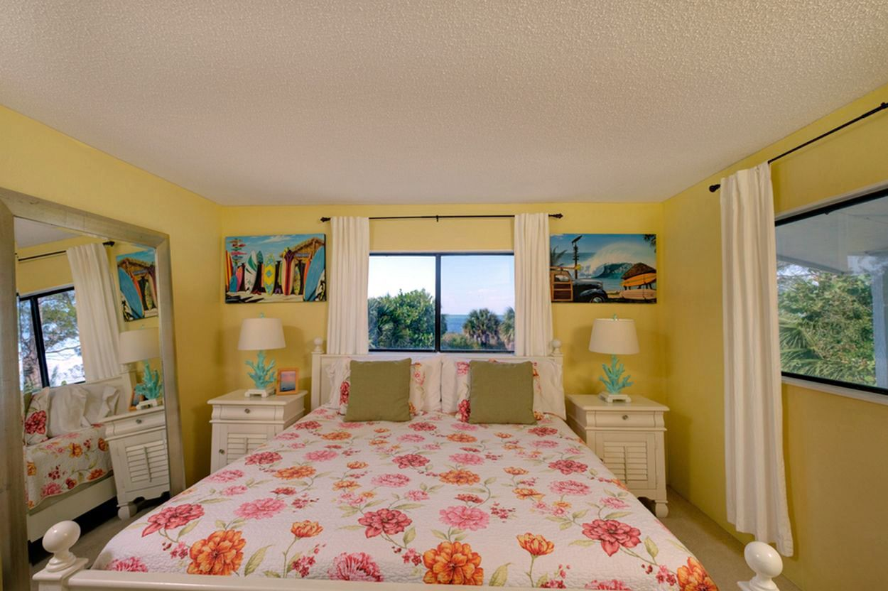 Master Bedroom with King Bed, Beach View and Walk-In Closet