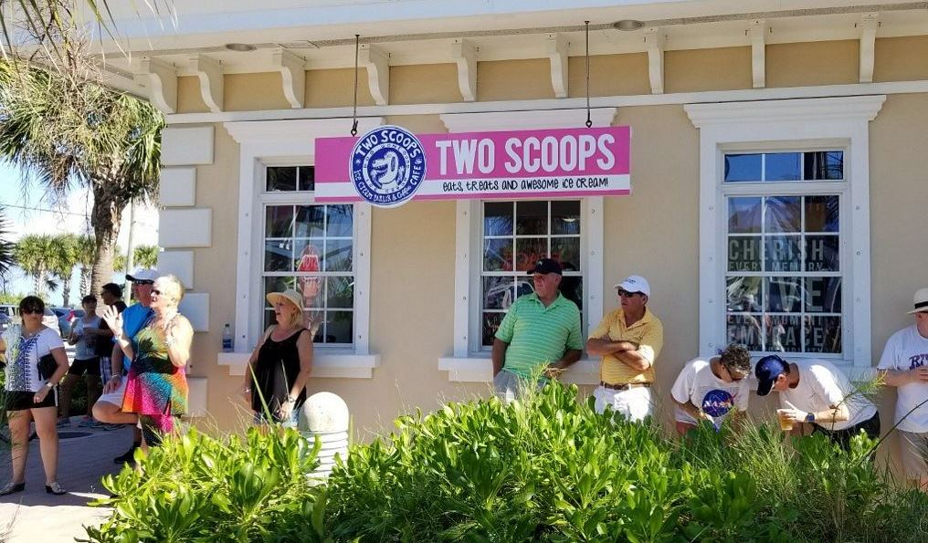 2 Scoops Cafe for Icecream, Food and Gifts