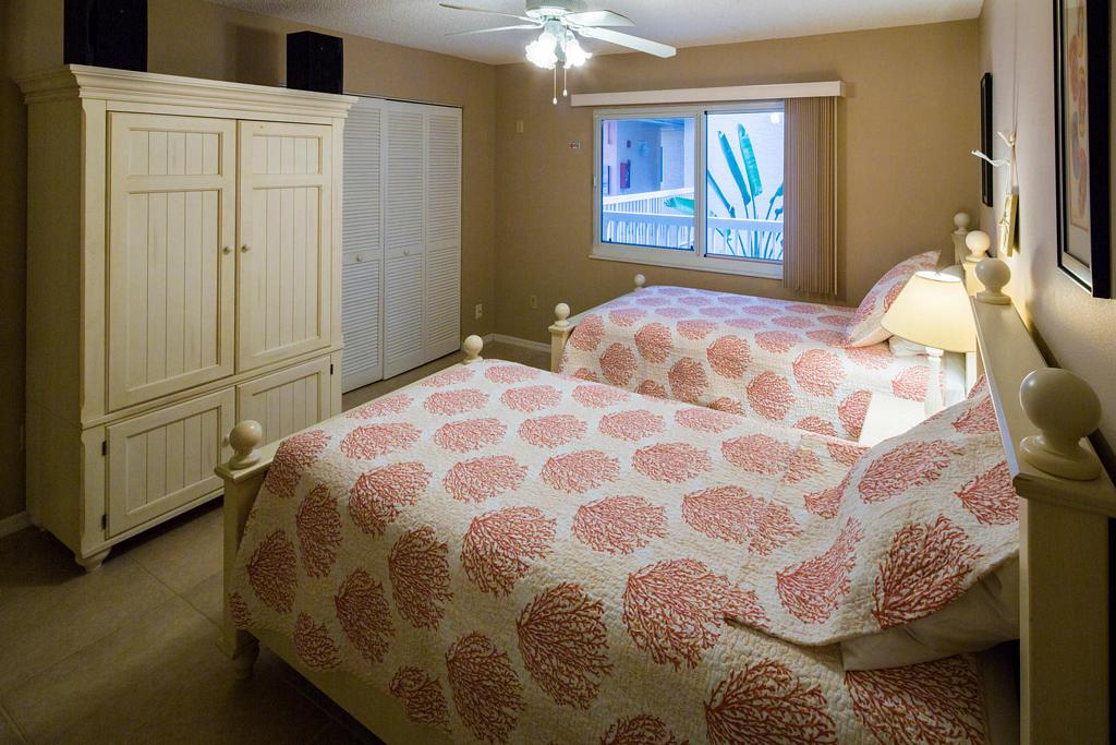 Twin Beds in the Guest Room
