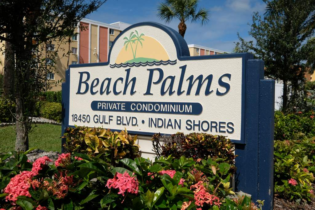 Beach Palm Condominiums are Close to Area Attractions