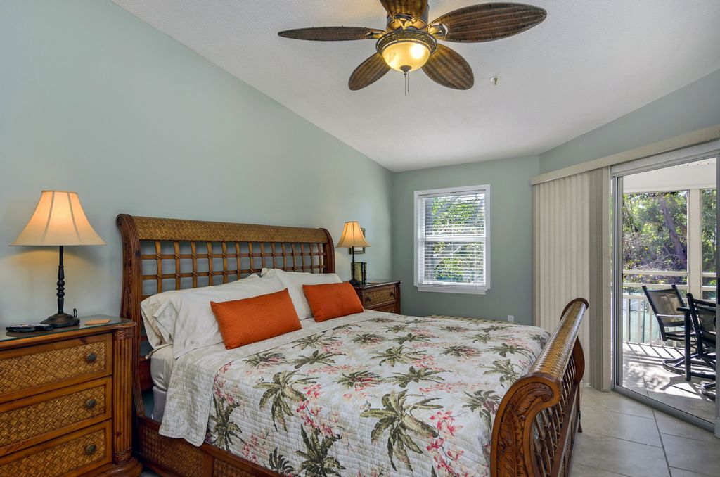Master Bedroom also Offers Access to the Lanai