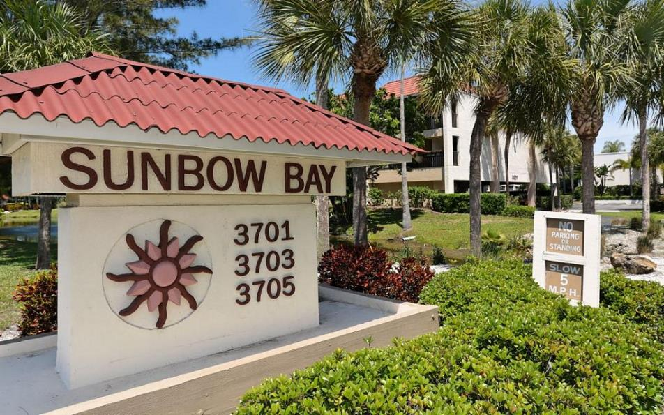Welcome to Sunbow Bay!