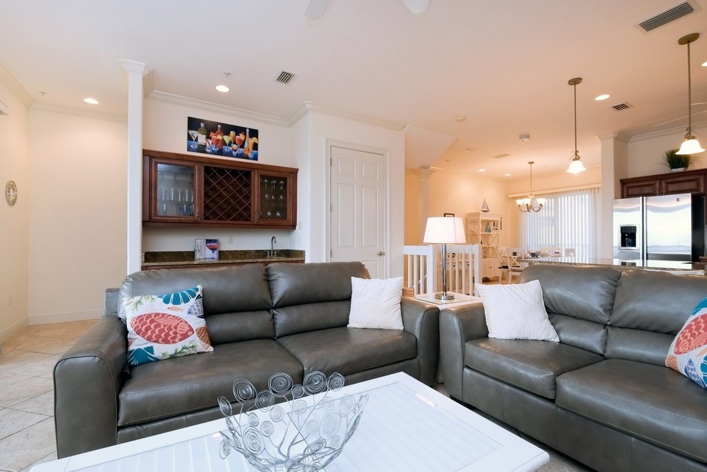 Open Living Space with Comfortable Furnishings
